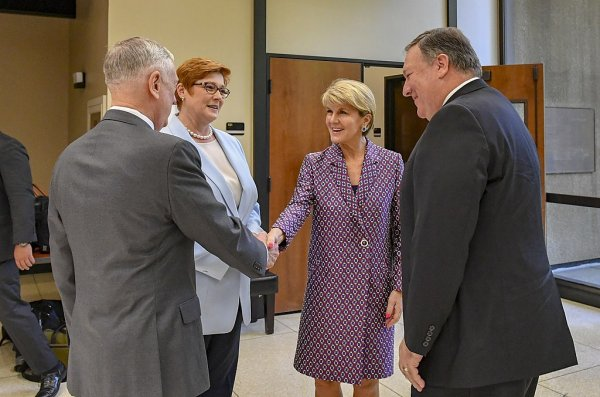 1024px Secretary Pompeo Chats With Secretary Mattis Defence Minister Payne and Foreign Minister Bishop 42876710514 2