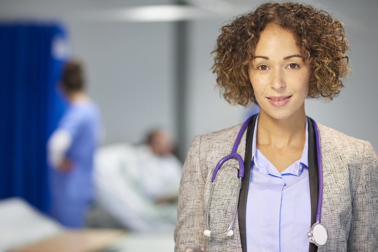 """When Doctors Are Not Called """"Dr."""": How Forms of Address Reveal Gender Bias"""